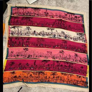 Like new authentic Hermès shawl scarf 140 cm